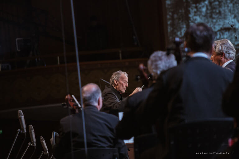 """Sala Palatului, Orchestra și Corul Filarmonicii """"George Enescu"""" și Vocalconsort Berlin 20"""